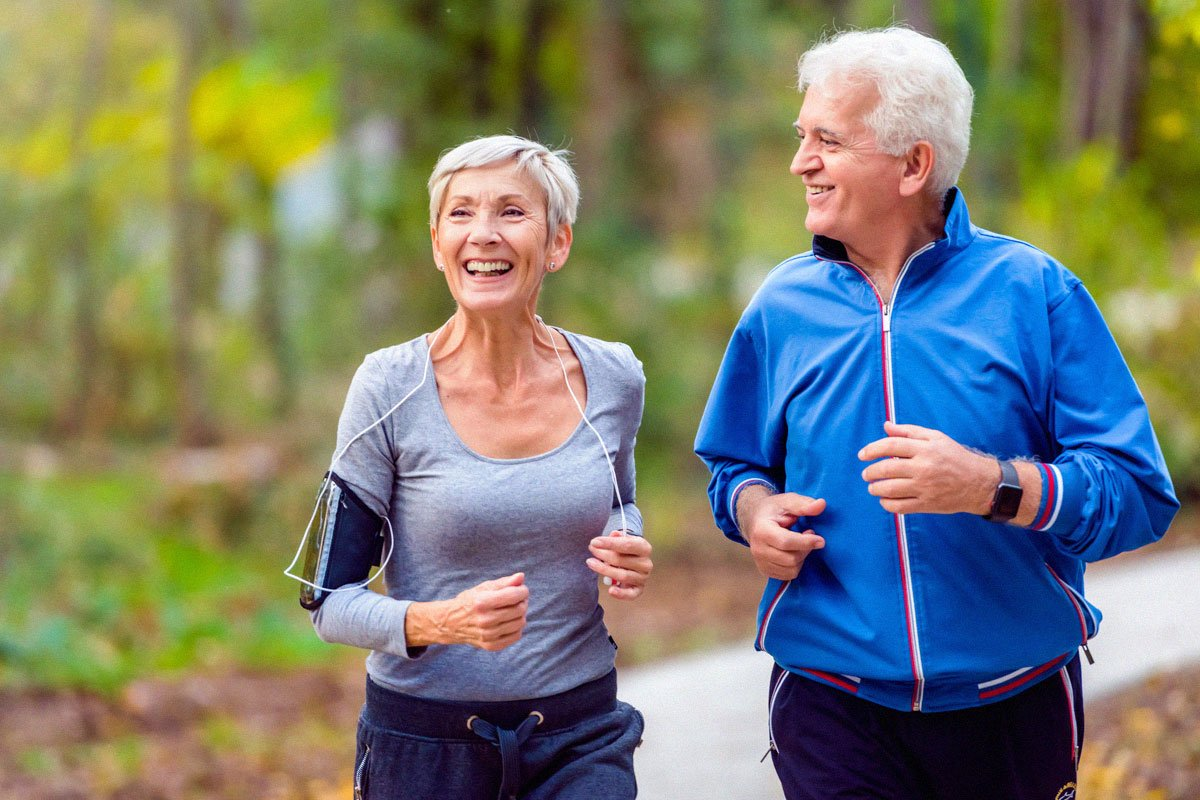 older-couple-jogging-in-the-park